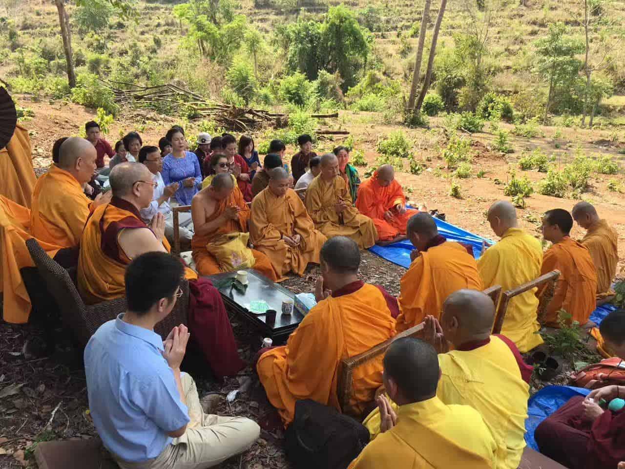 Gosok Rinpoche Thailand 2017 T004 fe03d4415cae6854532c96b203a5626
