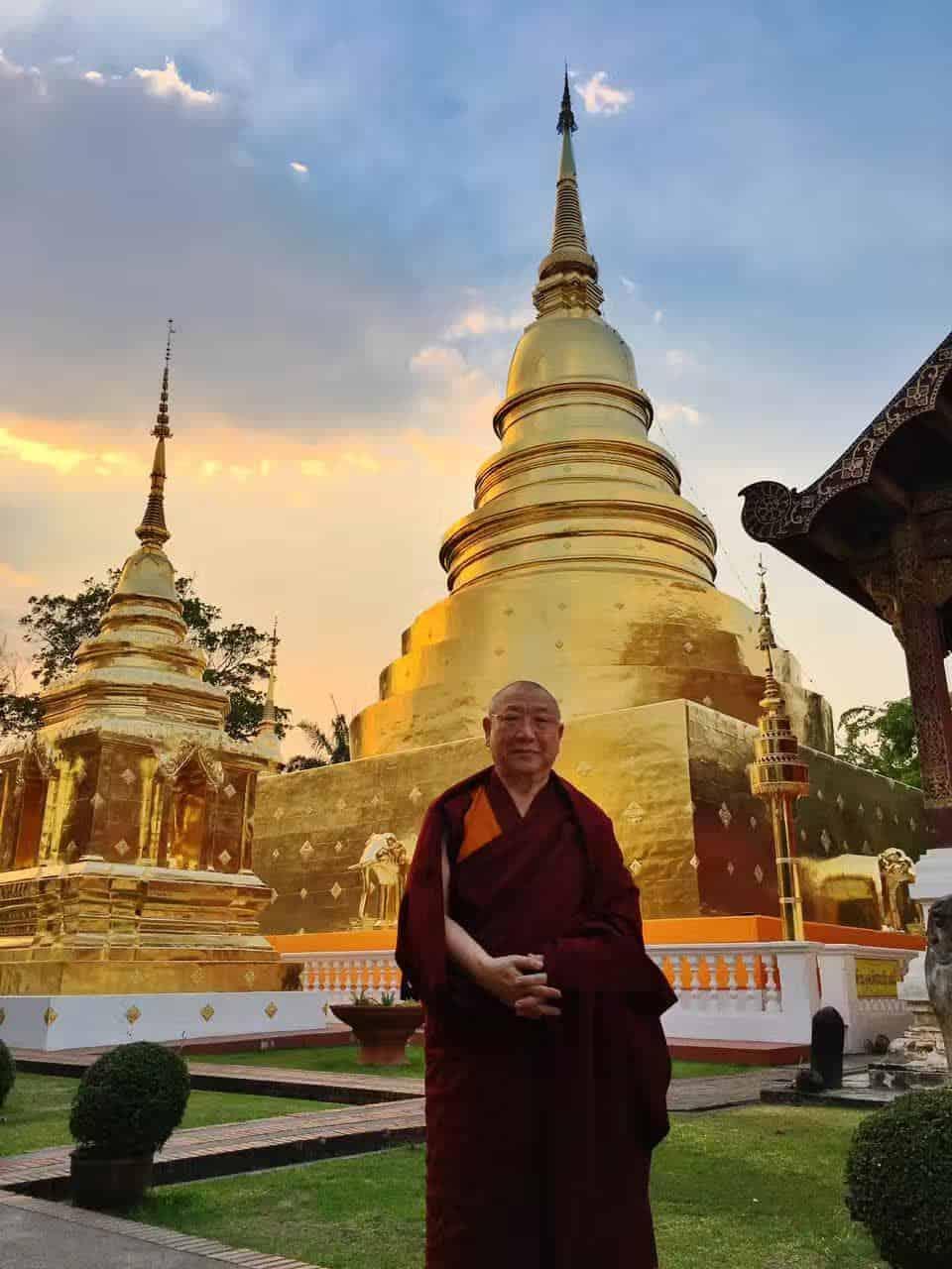 Gosok Rinpoche Thailand 2017 T008 03dd2d908e22bc92e7534f0989e2ccc