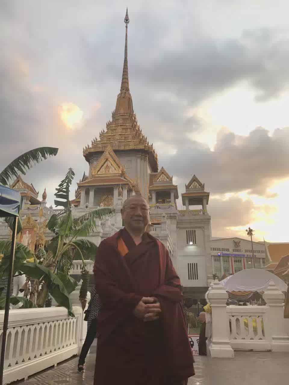Gosok Rinpoche Thailand 2017 T011 89c534bde5df03cccfd2d388736bebb