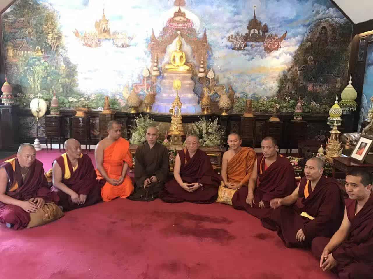 Gosok Rinpoche Thailand 2017 T023 d5c41b291edc44a40a4b65dd72457e8