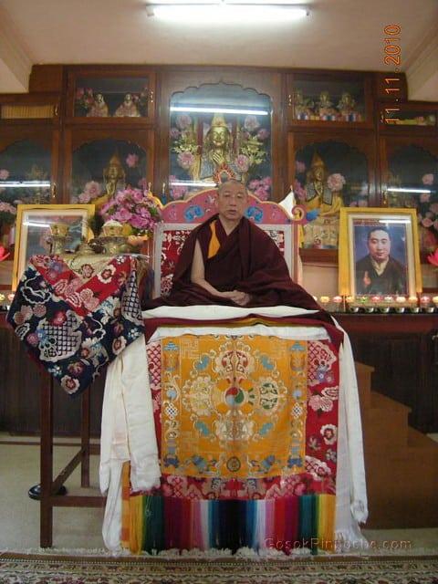 2010-11-11 Gosok Rinpoche in Gosok Ladang 39