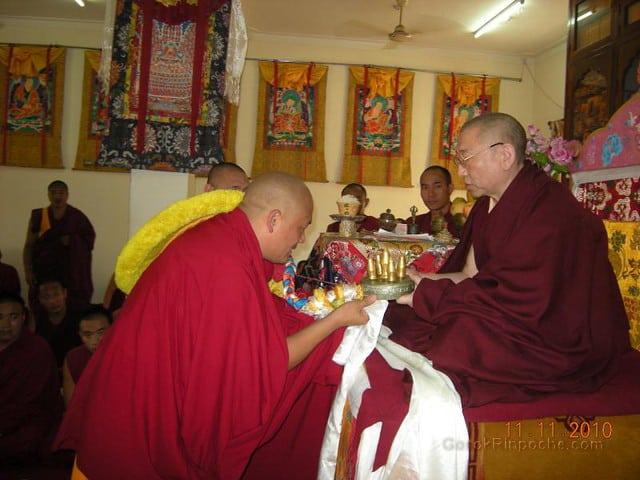 2010-11-11 Gosok Rinpoche in Gosok Ladang 41