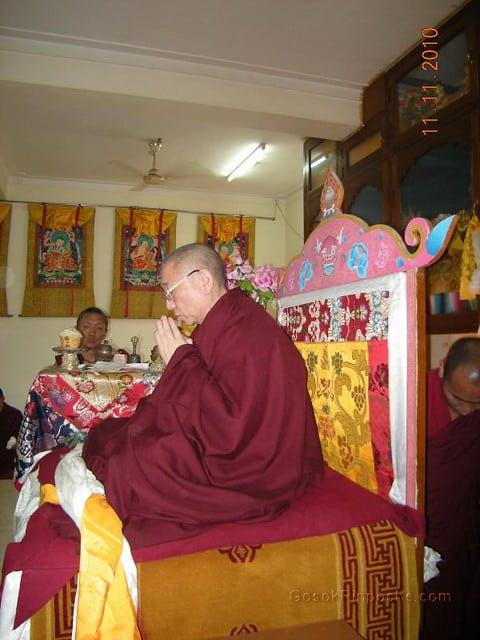 2010-11-11 Gosok Rinpoche in Gosok Ladang 43