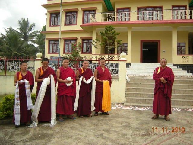 2010-11-11 Gosok Rinpoche in Gosok Ladang 47