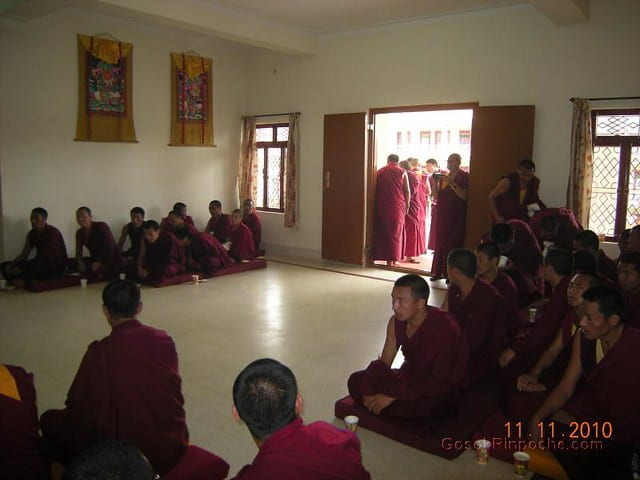 2010-11-11 Gosok Rinpoche in Gosok Ladang 52