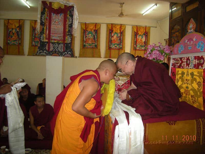 2010-11-11 Gosok Rinpoche in Gosok Ladang 53