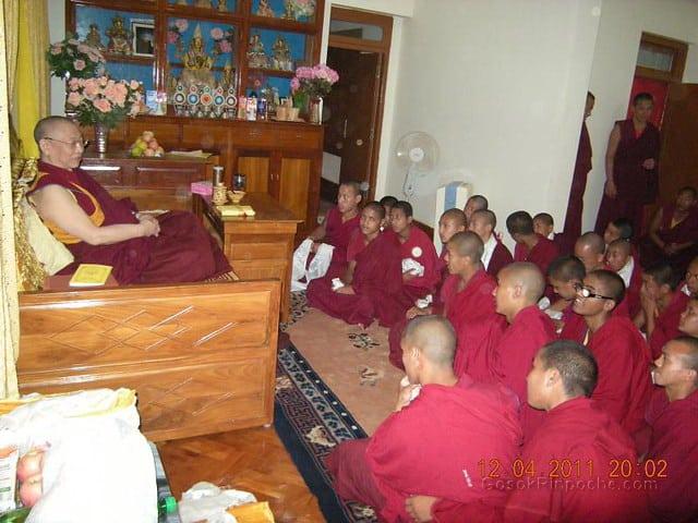 2011-04-12 Gosok Rinpoche in Gosok Ladang 5612915379_e6f962ab0c_z