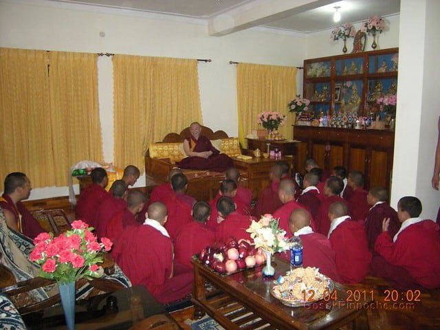 2011-04-12 Gosok Rinpoche in Gosok Ladang 5613495820_5f5990f406_z