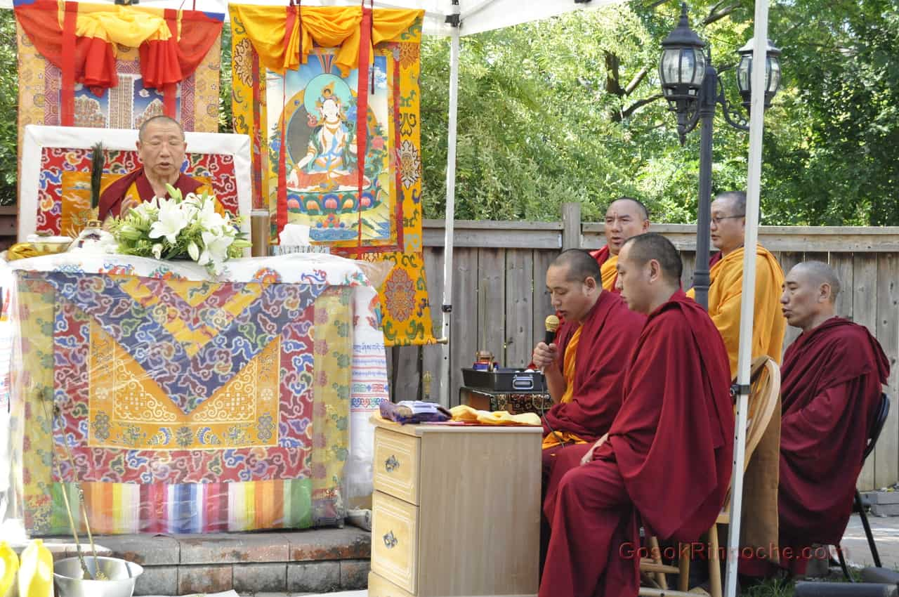 Gosok Rinpoche 2011 Toronto _DSC0020
