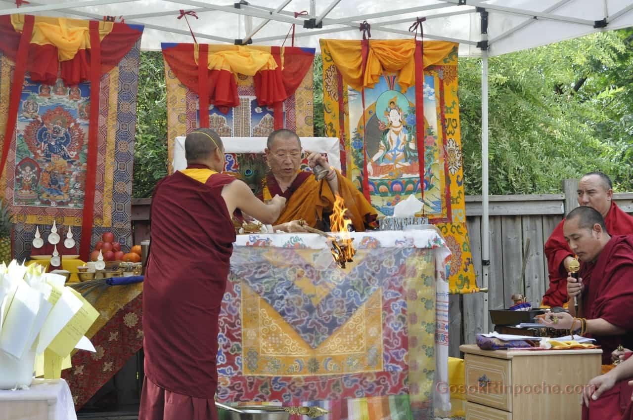 Gosok Rinpoche 2011 Toronto _DSC0055